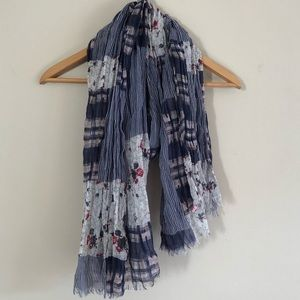 Country Chic Scarf Blue White Pink Red Flowers